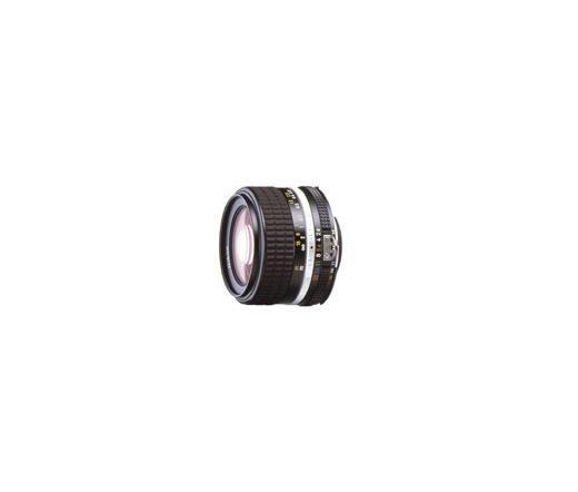 Nikon Nikkor 28mm f/2.8