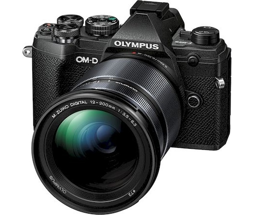 Olympus E-M5 Mark III 12-200mm kit fekete