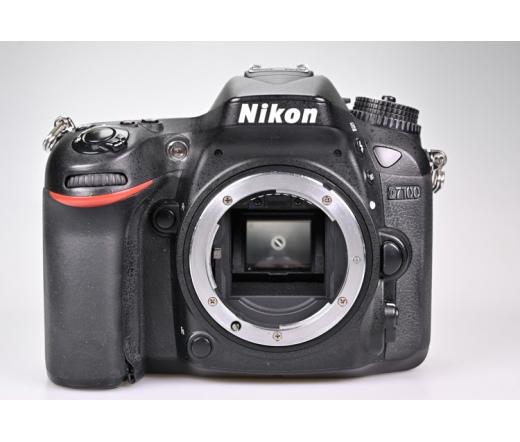 Használt Nikon D7100 váz sn:4495666