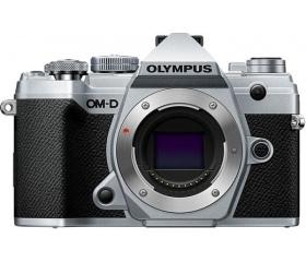 Olympus E-M5 Mark III ezüst váz