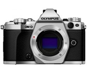 Olympus E-M5 Mark II váz Ezüst