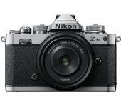 Nikon Z fc + Nikkor 28mm f/2.8 DX SE Kit