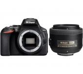 Nikon D5600 + AF-S DX 35mm f/1.8